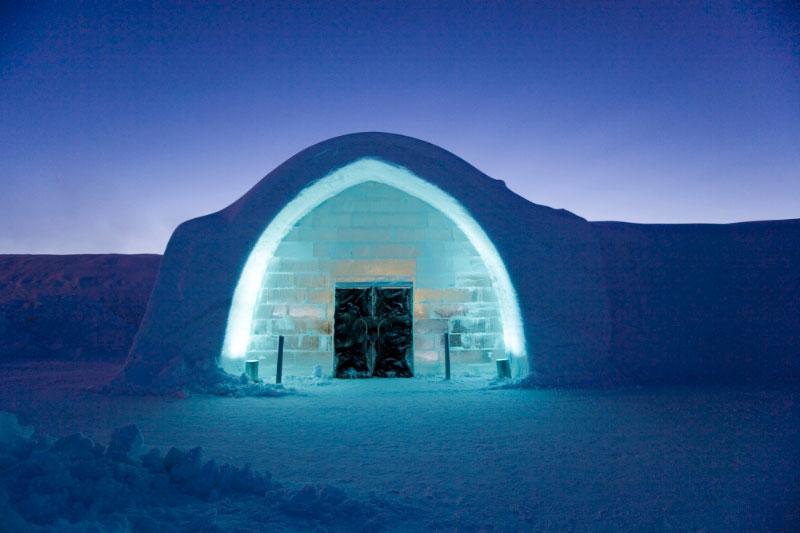 Найбільший готель в світі з льоду та снігу (1)