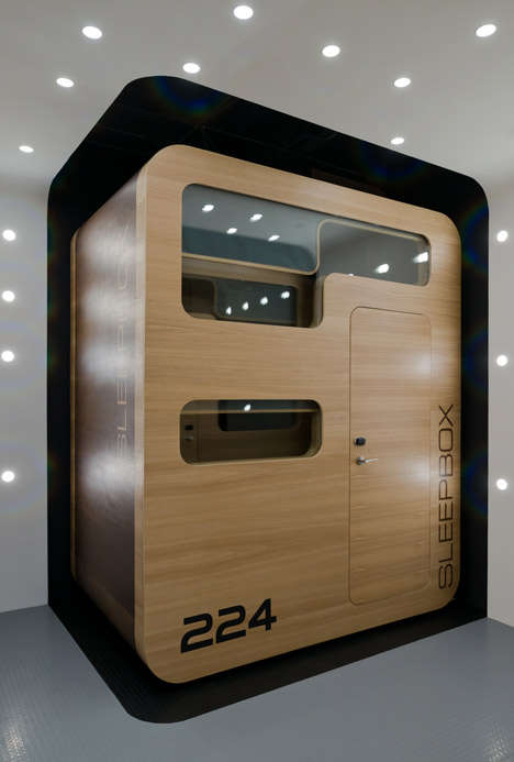 Готелі з ліжками-коробками (2)