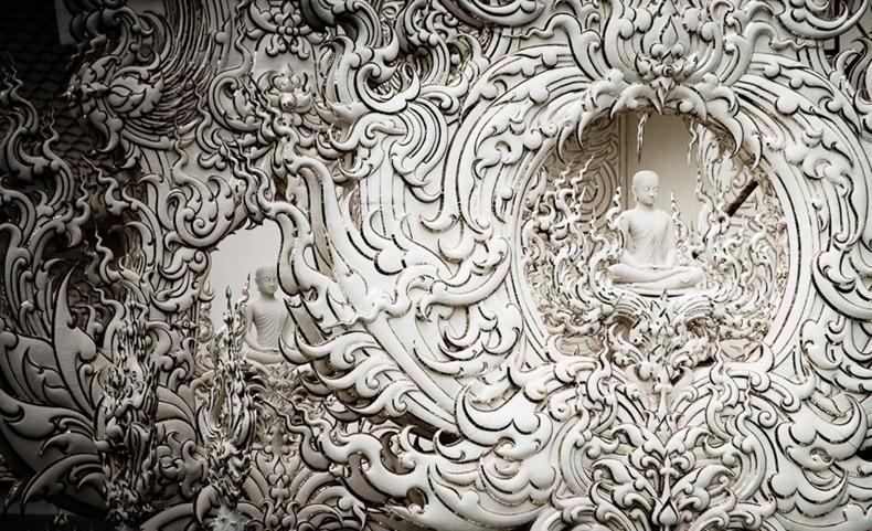 Храм Ват Ронг Кхун, або Білий Храм - химерна суміш традиційної тайської архітектури і ірреальних елементів. Фото (8)