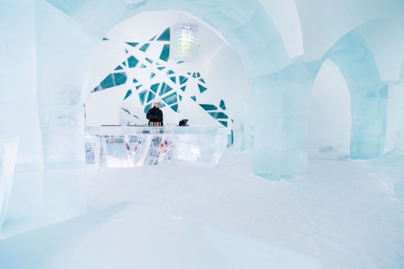 Найбільший готель в світі з льоду та снігу (8)