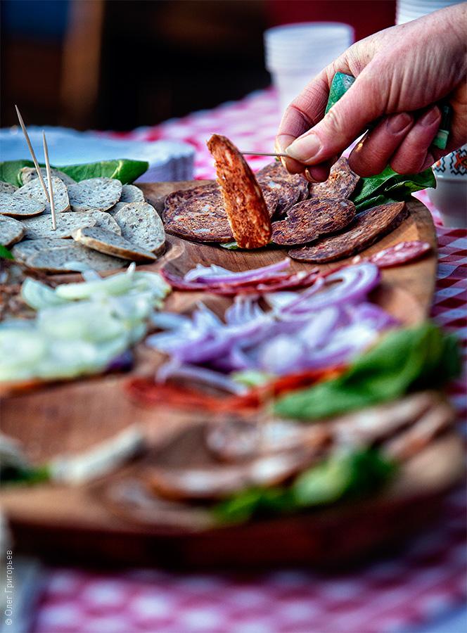 Смачний м'ясний фестиваль в Закарпатті (11)