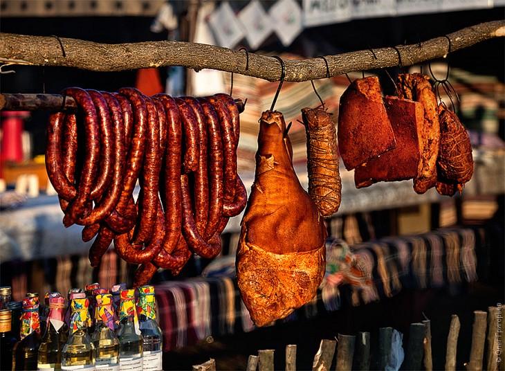Смачний м'ясний фестиваль в Закарпатті (12)