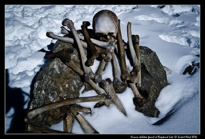 Озеро скелетів: шокуюча знахідка в індійських горах (1)