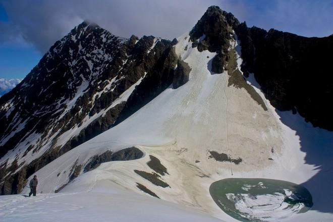 Озеро скелетів: шокуюча знахідка в індійських горах (3)