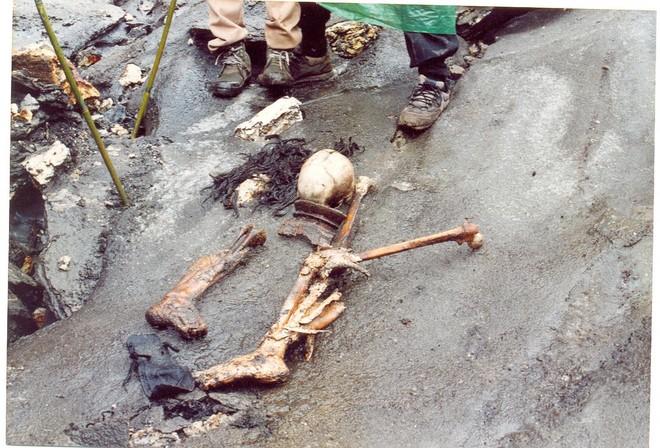 Озеро скелетів: шокуюча знахідка в індійських горах (5)