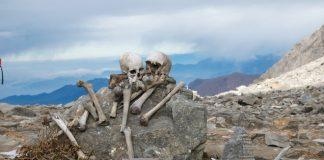 Озеро скелетів: шокуюча знахідка в індійських горах (7)