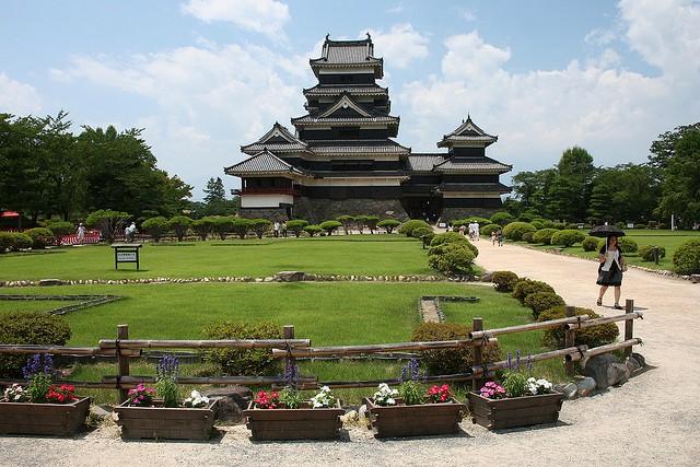Неповторна архітектура середньовічного замку Мацумото, Япония (12)