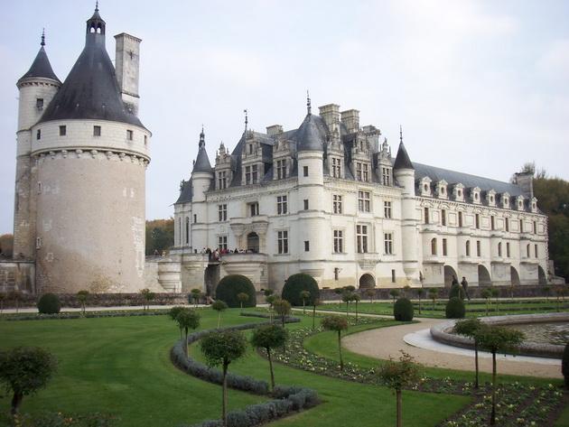 Вишуканий та елегантний, витончений і романтичний замок Шенонсо, або «дамський замок» (8)