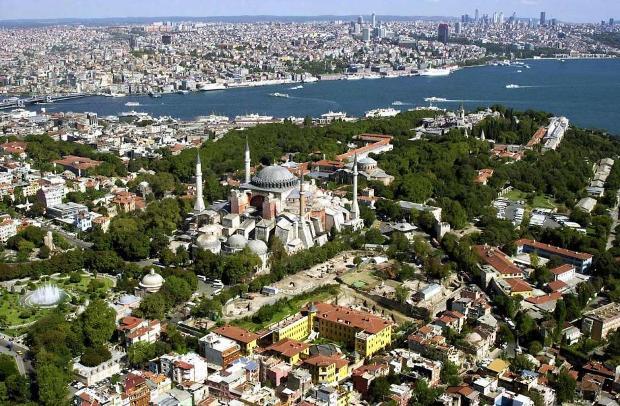 Палац Топкапи в Султанахметі - одна з найбільш відвідуваних визначних пам'яток (1)