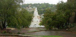 Ода з найбільш звивистих вулиць світу - Провулок Змії в Берлінгтоні, Айова (1)