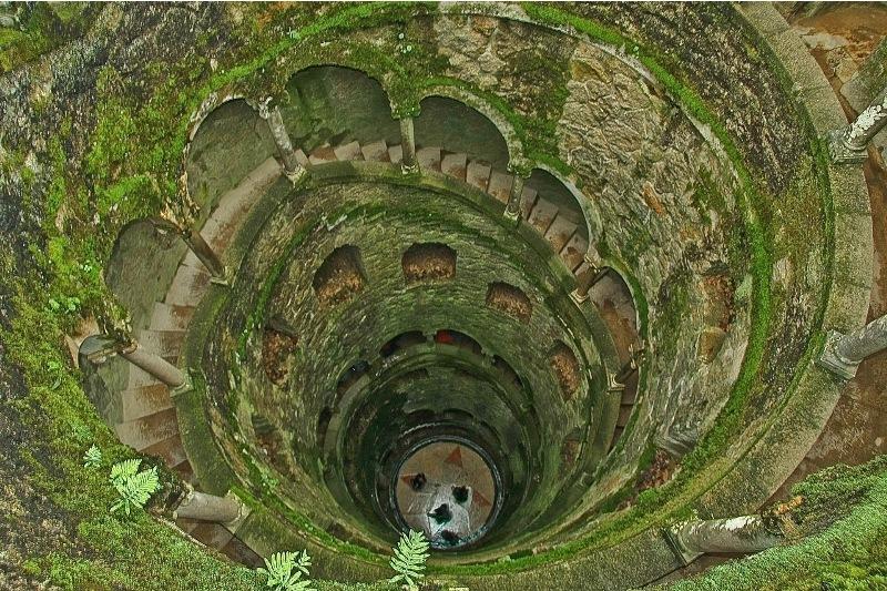 Кінта да Регалейра і перевернута вежа в Сінтрі (2)