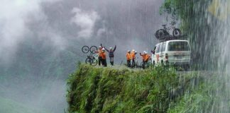Моторошна та запаморочлива дорога смерті в Болівії (6)