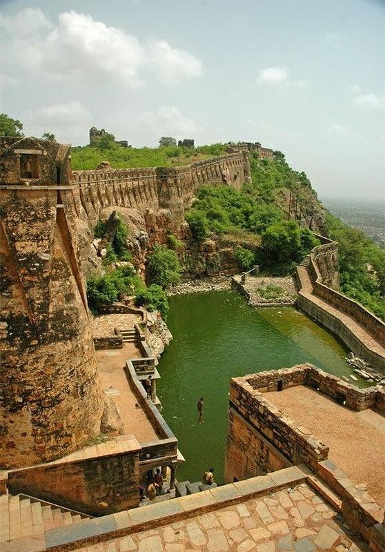 Індійський форт Чітторгарх (3)