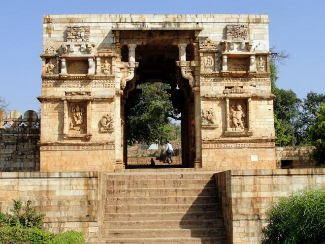 Індійський форт Чітторгарх (5)