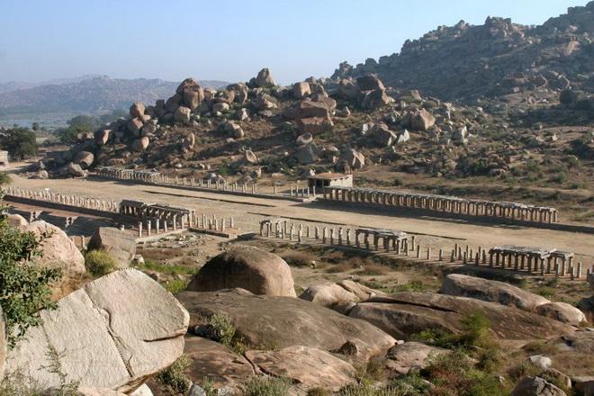 Руїни стародавнього міста Віджаянагара, Індія (9)