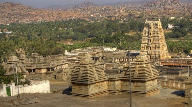 Руїни стародавнього міста Віджаянагара, Індія (5)