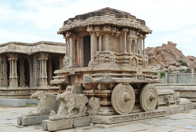 Руїни стародавнього міста Віджаянагара, Індія (10)
