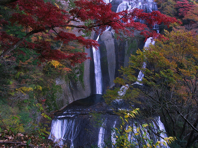Водоспад Фукурода, Японія (2)