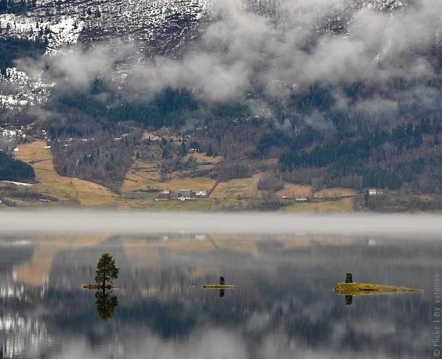 Одне з найкрасивіших озер світу, озеро Хорніндальсватнет (4)