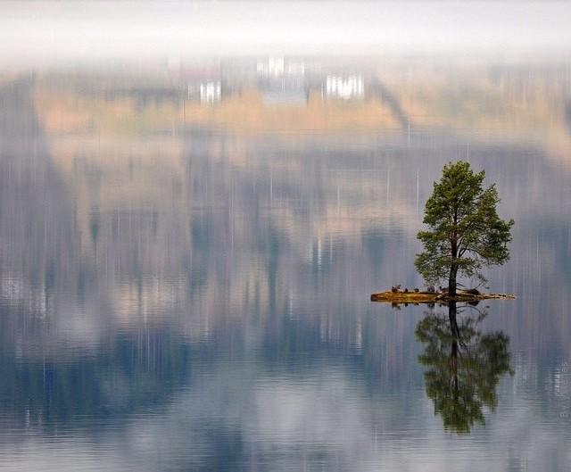 Одне з найкрасивіших озер світу, озеро Хорніндальсватнет (5)