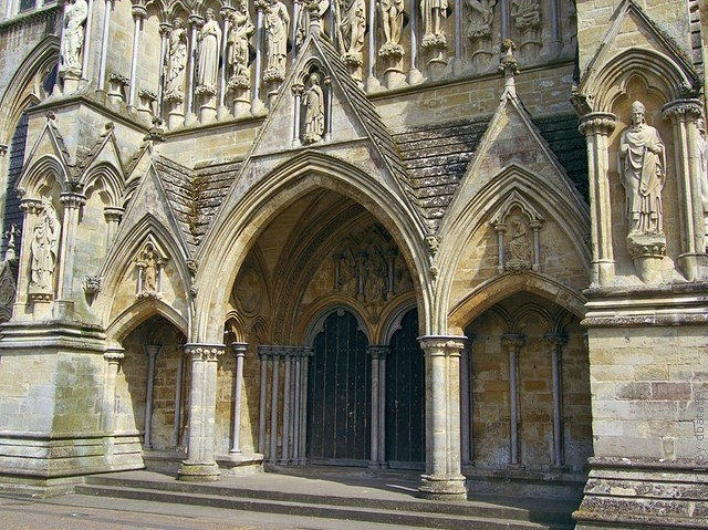 Солсберійський собор, одна з найстаріших релігійних пам'яток Великобританії (6)