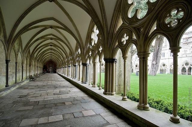 Солсберійський собор, одна з найстаріших релігійних пам'яток Великобританії (10)