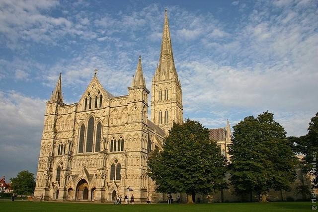Солсберійський собор, одна з найстаріших релігійних пам'яток Великобританії (5)