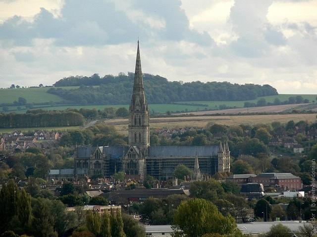 Солсберійський собор, одна з найстаріших релігійних пам'яток Великобританії (14)