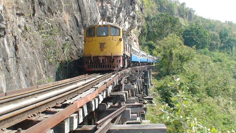 Тайсько-Бірманська залізниця або Дорога Смерті (Death Railway) (Таїланд)