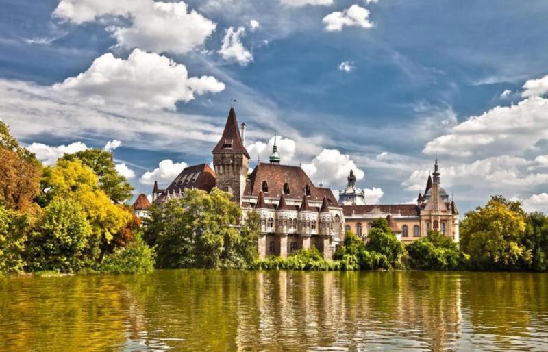 5 унікальних місць Угорщини, які обов'язково варто побачити