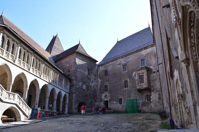 Замок Корвінів, Румунія (3)