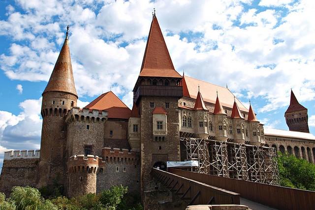 Замок Корвінів, Румунія (13)