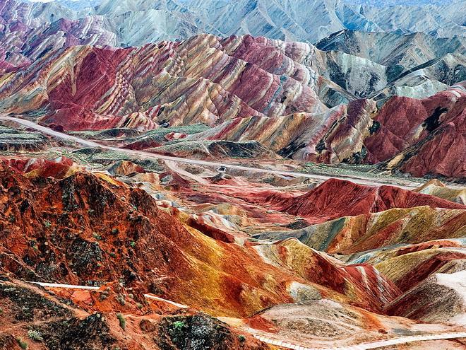 Ландшафт Денксія, кольорові гори в Китаї (6)