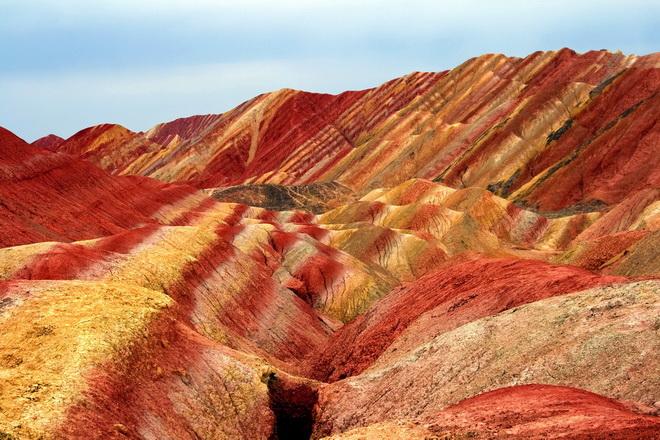 Ландшафт Денксія, кольорові гори в Китаї (3)
