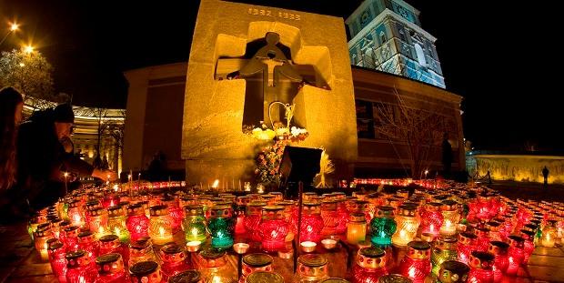 Пам'ятний знак жертвам Голодомору 1932–1933 років, Київ