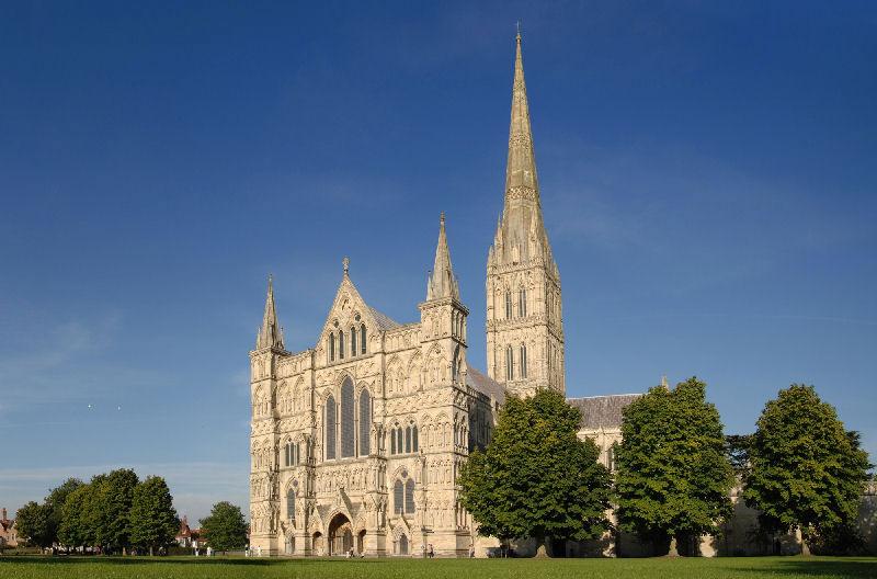 Солсберійський собор, одна з найстаріших релігійних пам'яток Великобританії (2)