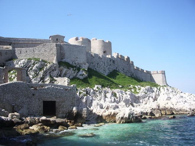 Замок Іф, один з найвідоміших замків світу, Франція (6)