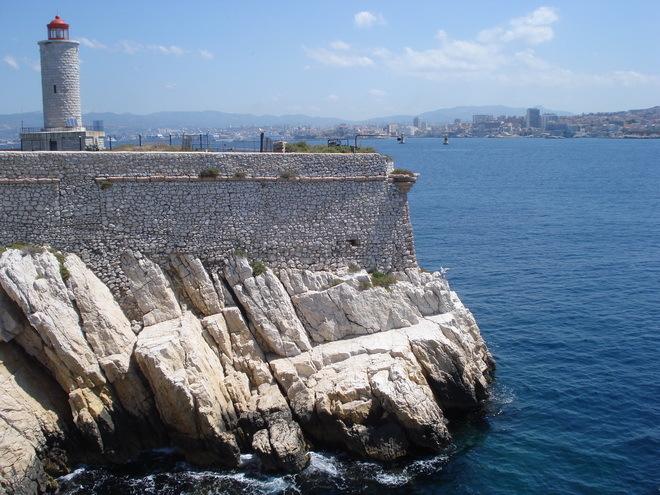 Замок Іф, один з найвідоміших замків світу, Франція (7)
