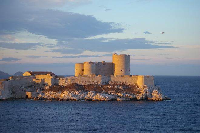 Замок Іф, один з найвідоміших замків світу, Франція (14)