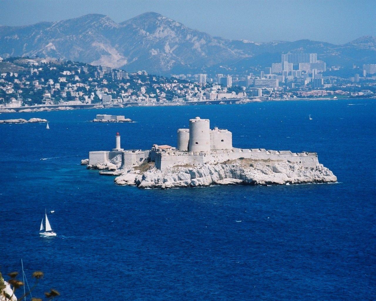 Замок Іф, один з найвідоміших замків світу, Франція (1)