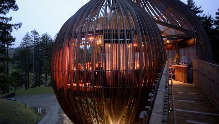 Романтичний ресторан на дереві Yellow Tree House, унікальний ресторан від PEA (18)