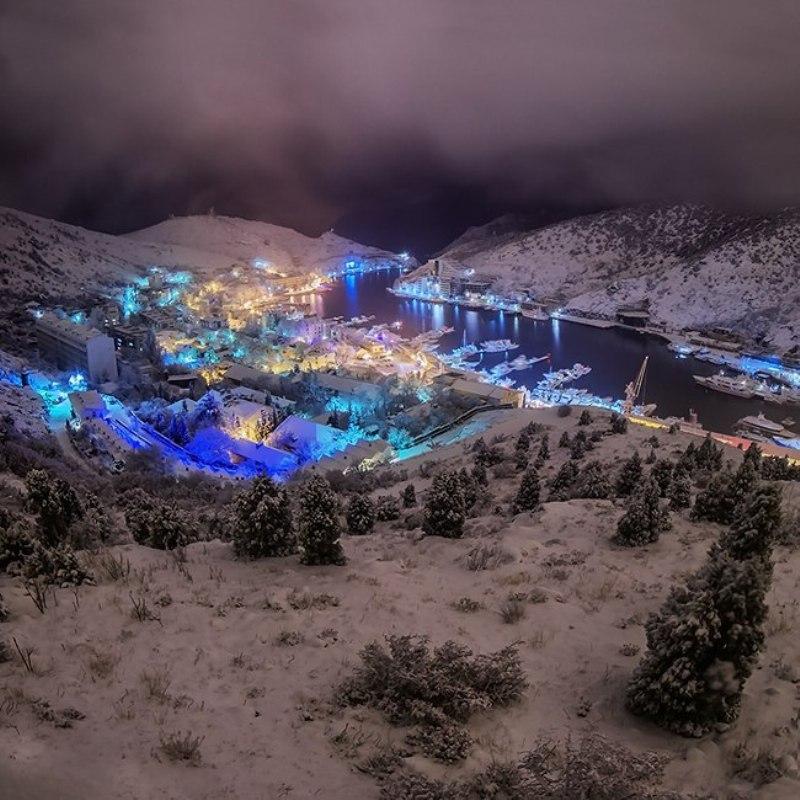 Балаклава в снігу, Крим, Україна