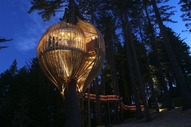 Романтичний ресторан на дереві Yellow Tree House, унікальний ресторан від PEA (16)