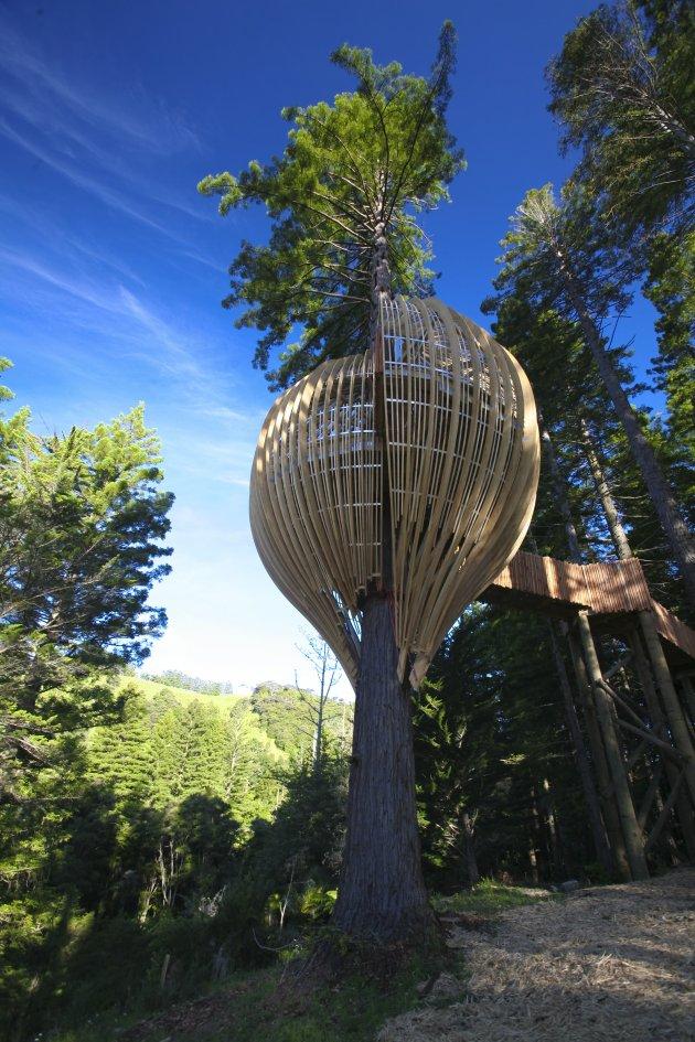 Романтичний ресторан на дереві Yellow Tree House, унікальний ресторан від PEA (14)