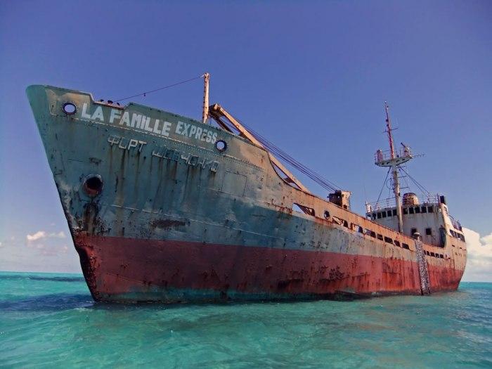 корабельні аварії, покинуті човни (3)