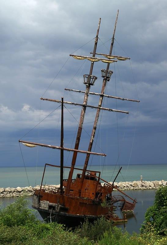 корабельні аварії, покинуті човни (27)