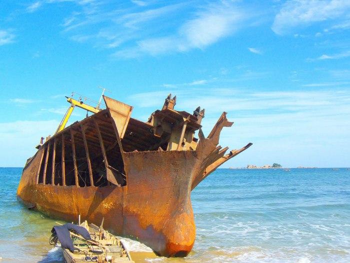 корабельні аварії, покинуті човни (32)