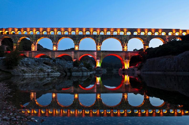 Акведук Пон-дю-Гар, найвищий давньоримський акведук, Франція (3)