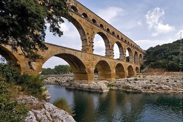 Акведук Пон-дю-Гар, найвищий давньоримський акведук, Франція (9)
