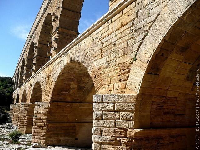 Акведук Пон-дю-Гар, найвищий давньоримський акведук, Франція (10)